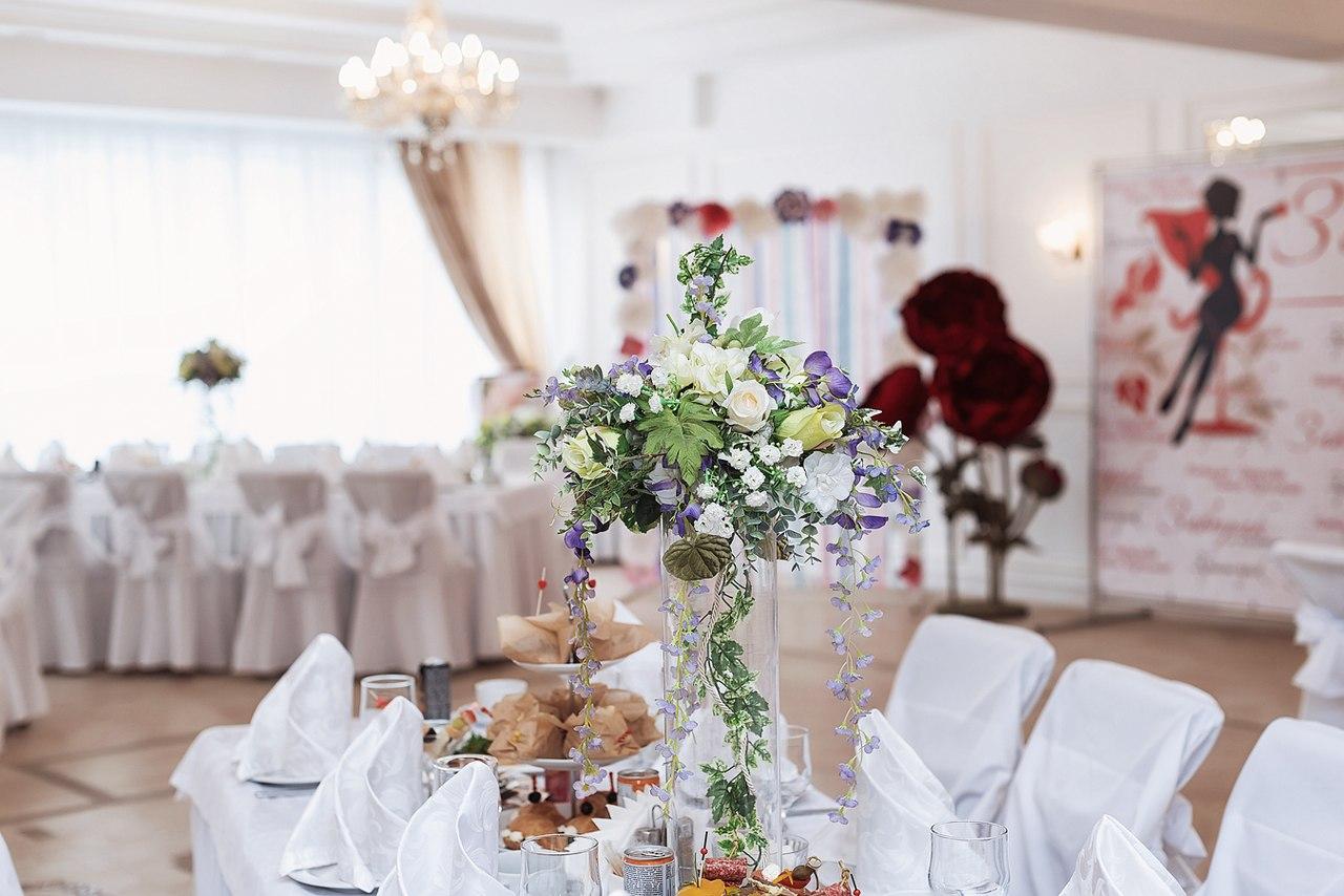 Большой светлый зал для празднования свадьбы и юбилея г Красноярск